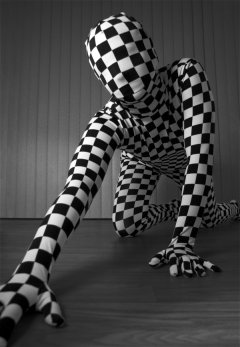 zentai_insolite_by_maxianos